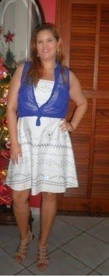 Minha musa: VESTIDO BRANCO  O vestido branco com a sobreposição da camiseta azul fica mais despojado.