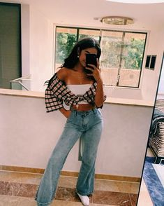 Aesthetic Fashion, Aesthetic Clothes, Look Fashion, Skirt Fashion, 90s Fashion, Fashion Outfits, Indie Fashion, Aesthetic Vintage, Aesthetic Girl