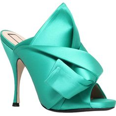 No 21 Bow satin heeled mule sandals (780 SAR) ❤ liked on Polyvore featuring shoes, sandals, green high heel sandals, bow sandals, stiletto shoes, high heeled footwear and stiletto mules