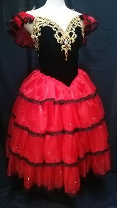 Spanish dress has been created for the ballet Don Quixote. it can be used for the role of Kitri or for the corps de ballet or for ballets like Paquita or for Nutcrack. Ballet tutu Largo