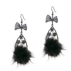 Earrings! www.infashion-therapy.com
