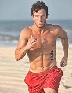 Runner running on the beach #running #beach #runsmart