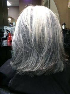 short white hair with lowlights - - Image Search Results White Hair With Lowlights, Hair Highlights And Lowlights, White Highlights, Short White Hair, Silver White Hair, Natural Hair Styles, Short Hair Styles, Low Lights Hair, Turquoise Hair