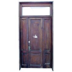 Puerta de entrada cod 2933 puerta para frente de madera for Puerta xor de tres entradas