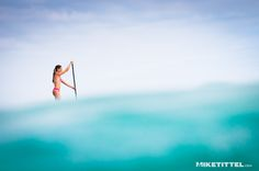 Stand up paddle boarding in Hawaii. Oh, yes you can. - I want to let my inner surfer girl out to play!