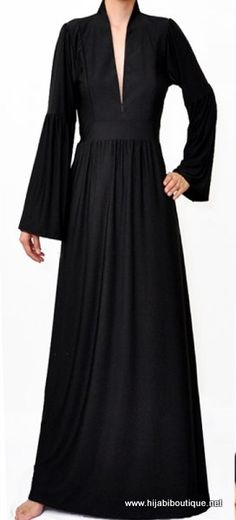 Black maxi dress (Hijabi Boutique)