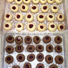 Fotografie receptu: Sádlové koláčky Home Recipes, Great Recipes, Holiday Cookies, Biscotti, Food Hacks, Doughnut, Cookie Recipes, Tart, Cooker