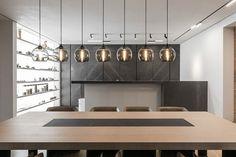 Online - Design by Bart Lens - Dina Mezhevova - Moscow- Grey perfection - Photos by Bogdan Vitkov