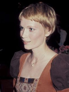 Mia Farrow haircut