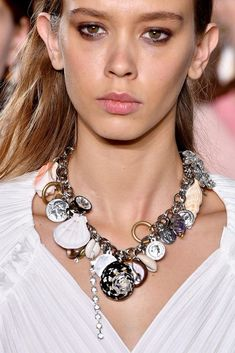 a8d59150fdec4 225 Best Accessories trends 2019. Fashion trends images | Fall ...