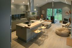 Kitchen Living Room soft greys and pale wood in a contemporary kitchen/living space Kitchen Layout, New Kitchen, Kitchen Family Rooms, Open Plan Kitchen, Contemporary Kitchen, Kitchen Remodel, Modern Kitchen, Kitchen Design, Open Plan Kitchen Living Room