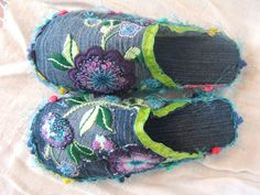 Denim Slippers- make flowers, slash material, piping, this is inspiring me for alsorts! Well done to the creator!