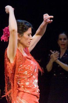 flamenco dancer Kristina Cobarrubia