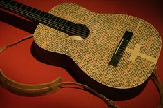 Sealing Sharpie art on guitar ? - The Acoustic Guitar Forum Acoustic Guitar Tattoo, Acoustic Guitar Case, Guitar Crafts, Guitar Diy, Painted Ukulele, Painted Guitars, Ukulele Art, Guitar Painting, Homemade 3d Printer