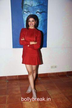 Prachi Desai talest hot photos in red - 9 Pics