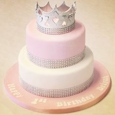 A perfectly pink #PrincessCake with a crown fit for a princess!