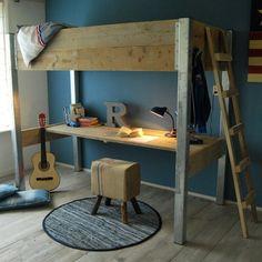 handig bureau onder hoogslaper