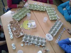 Trabajamos la decena con material reciclado. Infantil
