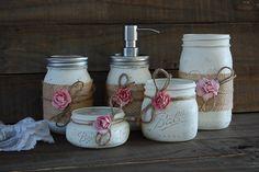 Mason jar soap pump set ivory pink rose by thevintageartistry. Mason Jar Projects, Mason Jar Crafts, Mason Jar Diy, Bottle Crafts, Bottle Art, Rustic Mason Jars, Painted Mason Jars, Mason Jar Soap Pump, Mason Jar Bathroom