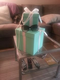 Breakfast at Tiffany's Themed Centerpieces for a family brunch
