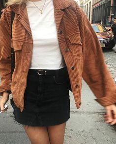 54 Rainy Day Cold Weather Outfit – homeinspireandide… The clothing culture is fairly old. Casual Fall Outfits, Fall Winter Outfits, Summer Outfits, Casual Jeans, Autumn Outfits Women, Hipster Style Outfits, Formal Outfits, Rock Outfits, Emo Outfits