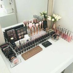 Trendy Makeup Organization Diy Vanity Make Up Beauty Room Ideas Make Up Organizer, Make Up Storage, Diy Storage, Makeup Vanities, Makeup Tips, Beauty Makeup, Makeup Products, Beauty Products, Makeup Ideas