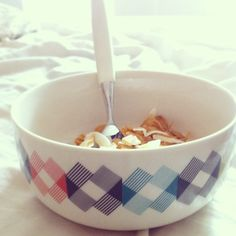 Gullfuglen porcelain bowl at home @Gro Holter #funkle