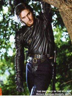 Even as a caricature of the TD he still makes me dizzy. Richard Armitage as Guy of Gisborne in BBC's Robin-Hood-meets-Bonnie-Tyler's-80´s-videos.
