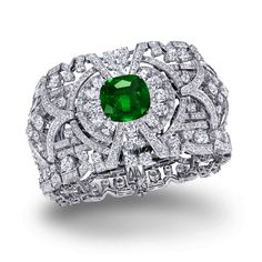 Personally, I would prefer the emerald a touch larger. My fingers are smaller, ring size 4-3/4. Tiny. ♥ (Graff)