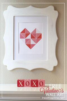 Free #Valentines wall art #printable on iheartnaptime.com