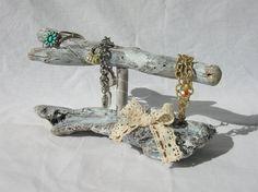 Standing bracelet holder organize,wood storage display,driftwood,shabby chic,bracelet bar,jewelry holder,gift,elegant,white,necklace [Cod.]