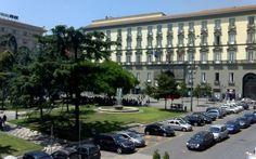 Napoli dice no ad Angelino Alfano il capoluogo campano non cancellera le trascrizioni dei Matrimoni Gay #napoli #alfano #matrimonigay