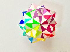 折り紙 くす玉.     Modular Origami Kusudama
