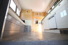 KPH Helios #horseboxes with raised living area