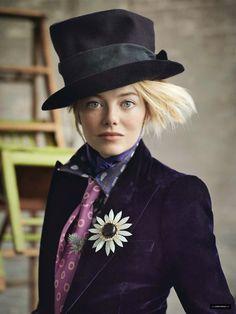 Beautiful Emma Stone (100 Photos) - Sharenator