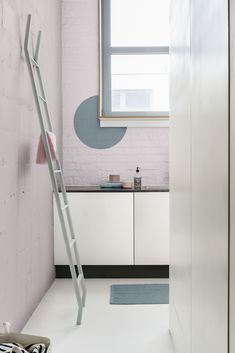 Shared Individualism met Denim Drift in de keuken. Dulux Denim Drift, Color Of The Year 2017, Park Homes, Deco Design, Bold Colors, Color Trends, Colorful Interiors, Modern Design, Interior Design