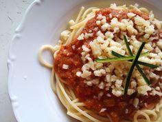 Cizrnovo-rajčatová omáčka na špagety Risotto, Spaghetti, Chicken, Meat, Ethnic Recipes, Noodle, Cubs, Kai