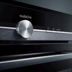 Siemens studioLine – Exklusivität in Perfektion Küchen Design, Inspiration, Drinks, Food, Kitchen Contemporary, Build House, Biblical Inspiration, Drinking, Beverages