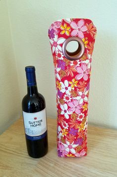 Red Yellow White Flower Wine Tote, Wine Bag, Champagne Bag, Gift Sack, Hostess Gift, Housewarming Gift