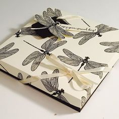 CraftyCarolineCreates: Stampin' Up! Dragonfly Dreams Gift Box - New Stampin' Up Produc. Stampin Up Anleitung, Origami Box, Stamping Up, Stampin Up Cards, Cardmaking, Card Boxes, Paper Boxes, Gift Boxes, Paper Crafts