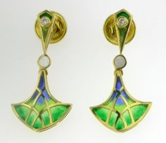 EARRINGS : yellow gold, 2 diamonds 0,02 ct. and enamels. 09MA0069