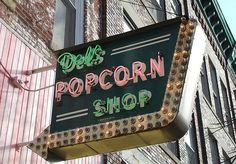 Decatur, IL: Del's Popcorn shop, a gem in downtown Decatur on Merchant St. Tasty popcorn and old fashioned candy!