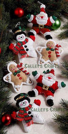 santas,gengis y muñecos de nieve