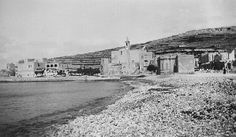 Memories of Gozo in the St.Paul's Shipwreck Church in a peaceful and deserted scene at Marsalforn, Gozo, so very different from the view seen today. Old Pictures, Old Photos, Vintage Photos, Malta History, Malta Gozo, Malta Island, Little Island, Black And White Pictures, Archipelago
