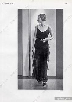 Chanel 1929 black dresses with ruffles, Photo Edward Steichen