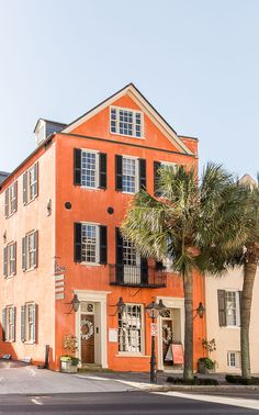 The Cool Girls Travel Guide to Charleston