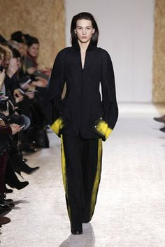 Maison Martin Margiela Autumn-Winter 2013 Womenswear. Bomber jacket - Large trousers - Derby shoes with wedge heel.