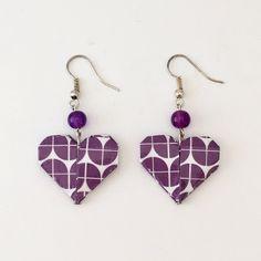 Boucles d'oreilles en papier origami en forme de coeur violet et blanc de la boutique LatelierdIsabo sur Etsy