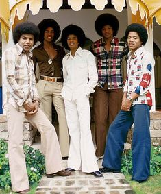 The Jackson Five, Jackson Family, Janet Jackson, 2017 Fall Fashion Trends, The Jacksons, Music Icon, Motown, Black History, Celebrity Photos