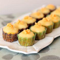 Cupcakes de limón con cobertura de crema de limón/  Lemon cupcakes with lemon curd